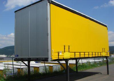 LKW Wechselsystem im Kofferaufbau für ein LKW Nutzfahrzeug von Grimm und Partner Fahrzeugbau