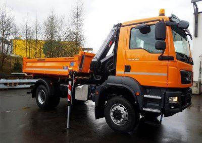 LKW Kranaufbau von Grimm und Partner Fahrzeugbau