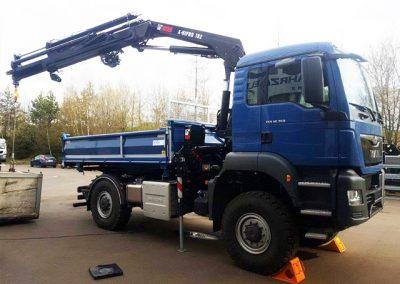 LKW mit Kran von Grimm und Partner Fahrzeugbau